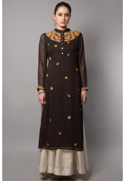 SCATTRED NECK KURTA SET WITH FLARED PLAZO
