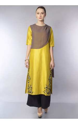 DRAPED PANEL KURTA SET
