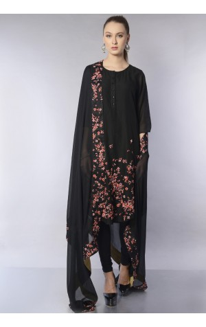 HEM EMBROIDERED KURTA SET