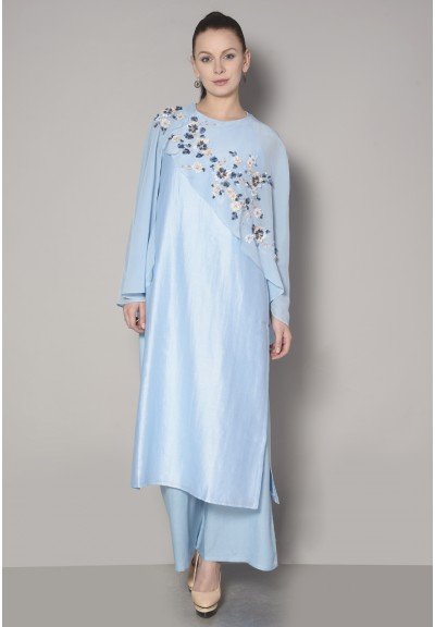 CAPE VARIATION KURTA SET