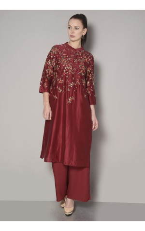 SCATTERED FLORAL KURTA SET