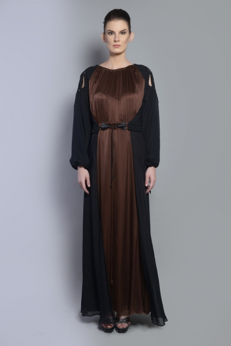 DORI CUTWORK RAGLAN DRESS