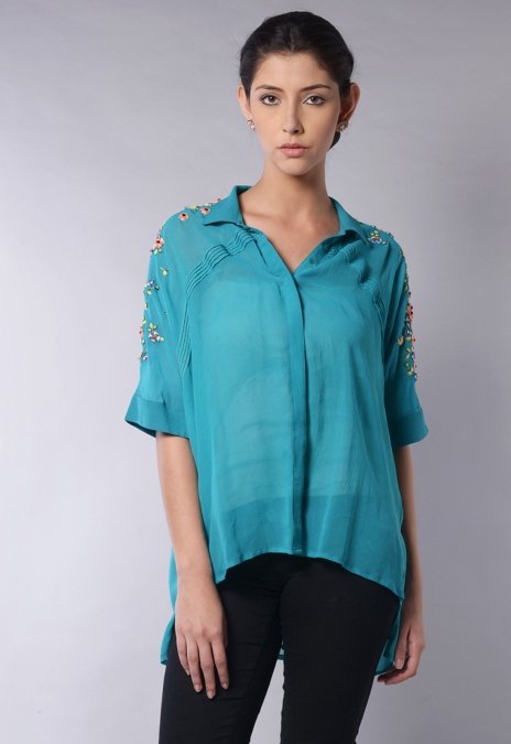 SLEEVE PLACEMENT BLOUSE